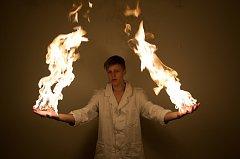 Snímek vyfotil Dominik Ješ pro finále soutěže Svět (je) chemie.