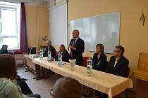 Studenti táborské obchodky besedovali s Jaroslavem Kuberou.