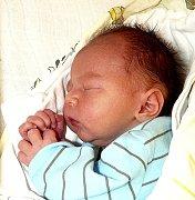 JIŘÍ BROM Z MLADÉ VOŽICE. Narodil se 5. května v 19.31 hodin,  vážil 2810 g a měřil 49 cm. Doma má čtyřletou sestru Janičku.