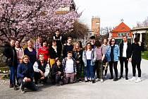 Studenti za kamerami.