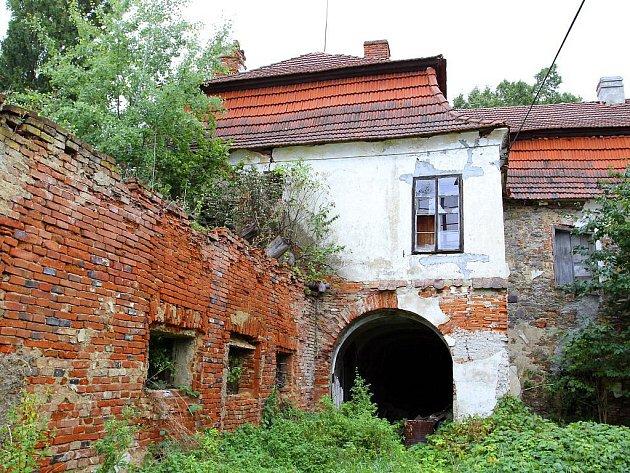 Zámeček Ohraženice v Ratibořských Horách.