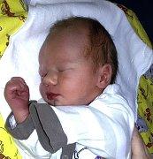 MATYÁŠ VALÍČEK Z TÁBORA. Narodil se 28. dubna v 11.05 hodin jako druhé dítě v rodině. Vážil 2970 g, měřil 45 cm a má sestru Klaudii.