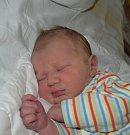 Dominik Rybčák z Cetoraze. Rodiče Lenka a Patrik se svého prvorozeného syna dočkali 2. dubna ve 22.43 hodin. Po narození malý Dominik vážil 3040 gramů a měřil 48 cm.