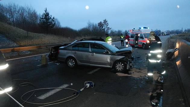 Vážná dopravní nehoda u obce Horusice.