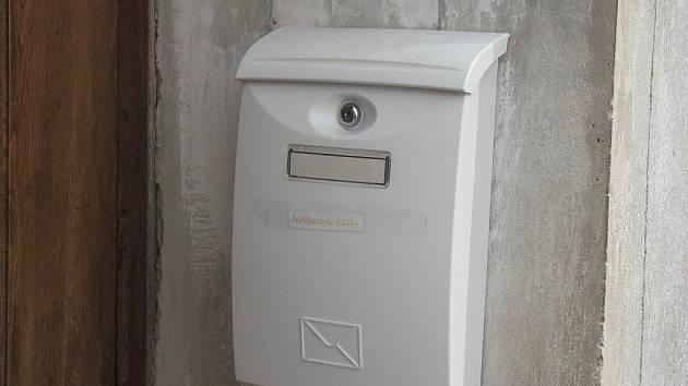 Poštovní schránka č. 5