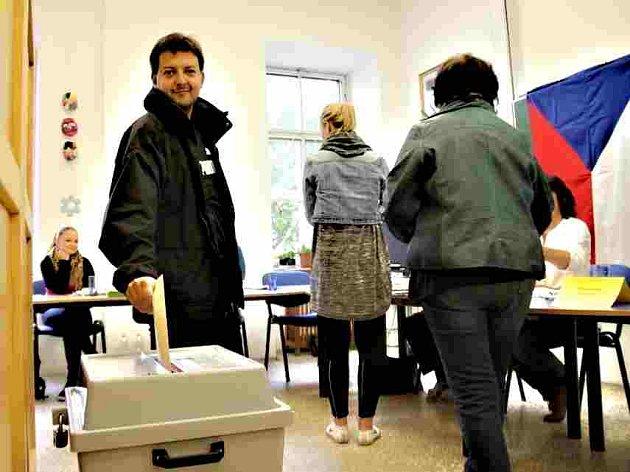 Volby v klubovně bechyňských rybářů.