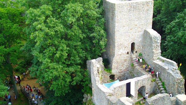 7f31732d4 Cyklotrasa - Na hrad Choustník přes Turovecký les - Tipy deníku