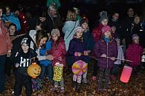 Děti v Táboře vítaly svatého Martina.