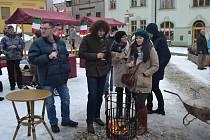 Akce S Cechem prase žerem na Tržním náměstí se moc líbila.