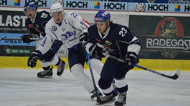 V uplynulé sezoně obsadili hráči Tábora a Kolína druhé, resp., první místo v základní části druhé ligy. Středočechům to nakonec vyneslo postup do Chance ligy.