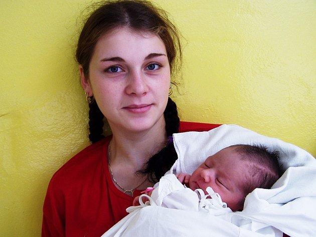 Markéta Holubová, 8. 10. 2007 v 19.41 hodin, 2 670 g, 48 cm, Maršov