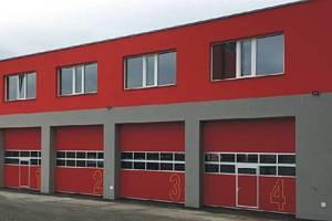 Táborští profesionální hasiči získají nejen nová stání pro svoji zásahovou techniku, ale také zázemí pro nevýjezdové činnosti.