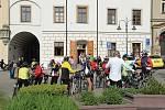 Tábor kromě vysoké úrovně profesionální cyklistiky, zejména pak Cyklokrosu, je nakloněn také hobby cyklistům. Kromě řady cyklostezek lemující břeh řeky Lužnice, rybníka Jordán i centrum města, nabízí široké využití stezek v okolí včetně turistické oblasti
