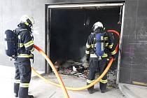 U požáru zasahovaly osádky dvou cisteren profesionálních hasičů z táborské stanice.