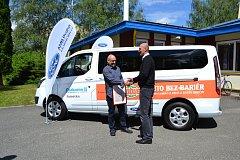 I letos je výtěžek veřejné pouliční sbírky Rolničkové dny určen na nákup nového mikrobusu.