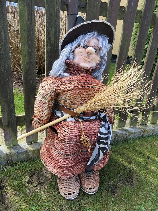 V Lomu u Tábora se již podeváté usadily čarodějnice.
