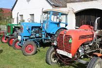 Přehořovská traktoriáda přivítala v sobotu vice než padesátku traktorů. Čekala je spanilá jízda i soutěže.