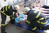 Cvičná evakuace táborské nemocnice.