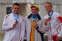 Bronzový medailista z ME ve Walesu Martin Dvořák (vpravo).