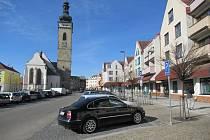 Stání v centru Soběslavi vyřešili časovými zónami.