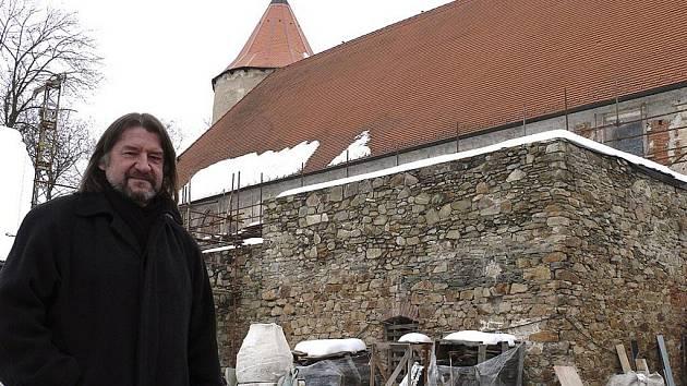 Architekt Kročák má se soběslavským hradem smělé plány.