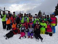 Žáci 8. a 9. tříd ZŠ Helsinská v Táboře na horách.