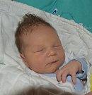 Adam Winter z Košic.  Přišel na svět jako prvorozený syn rodičů Ivy a Michala 4. června v 18.19 hodin. Jeho váha po narození byla 3580 gramů, měřil  50 cm.