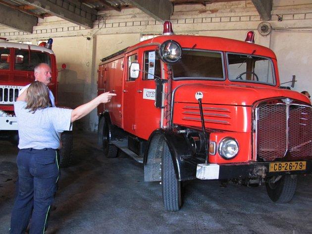 Bechyňské Hasičské muzeum postupně opouští prostory na náměstí T.G. Masaryka, kde sídlí od roku 2000. Pro svou další existenci   získalo z přispění kraje bývalou sýpku u nádraží. Jako první se sem přestěhovaly staré hasičské stříkačky a vozy, pro které až