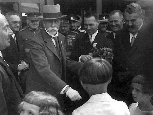 T. G. Masryk na táborském nádraží.