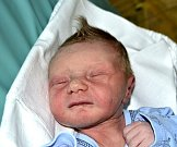 Martin Tomek z Plané nad Lužnicí. Narodil se rodičům Janě a Jiřímu 22. listopadu v 9.59 hodin jako jejich první dítě. Po porodu vážil 3010 gramů a měřil 49 cm.