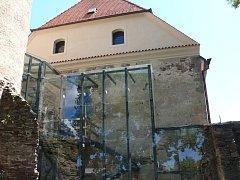 Soběslavští si díky kombinaci moderních prvků s architekturou 13. století vysloužili uznání v soutěži Kompas za záchranu místního hradu. Nyní mají v plánu zrekonstruovat i přilehlou hospodářskou budovu.