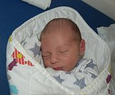 Matyáš Pevný z Plané nad Lužnicí. Přišel na svět 16. dubna ve 21.51 hodin s váhou 3650 gramů a mírou 52 cm. Doma má čtyřletou sestřičku Michaelku.