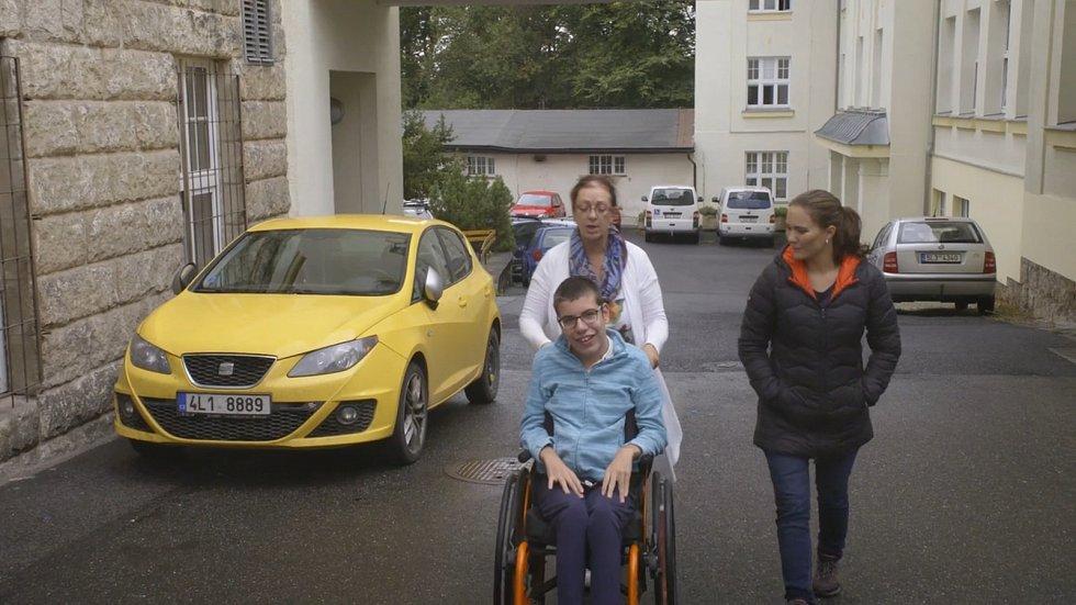 Petra Plemlová v reality show televize Prima Milionář mezi námi.