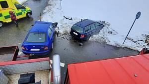 Páteční nehoda na křižovatce u Balkovy Lhoty pohledem hasičů