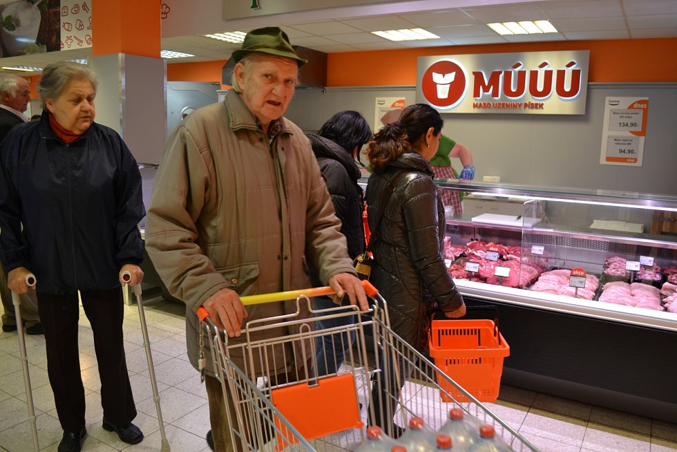 Jednota ve čtvrtek otevřela v Táboře dvě nové prodejny.
