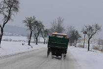 Technické služby se kvůli sněhové nadílce nezastavily.