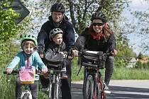 Na cyklovyjížďku se čtyřmi zastávkami s úkoly se vypravil i Roman Růžička.
