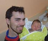 Petr Světnička z Tábora. Rodiče Veronika a Petr se 27.dubna v 11.15 hodin dočkali svého prvorozeného syna. Malý Petr po porodu vážil 4240 gramů a měřil 55 cm.
