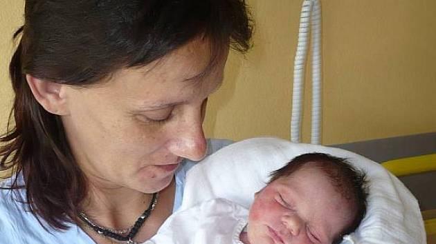 Adéla Šimánková, 14. 6. 2009 v 18. 14 hodin, 2 700 g, 45 cm, Vyšetice