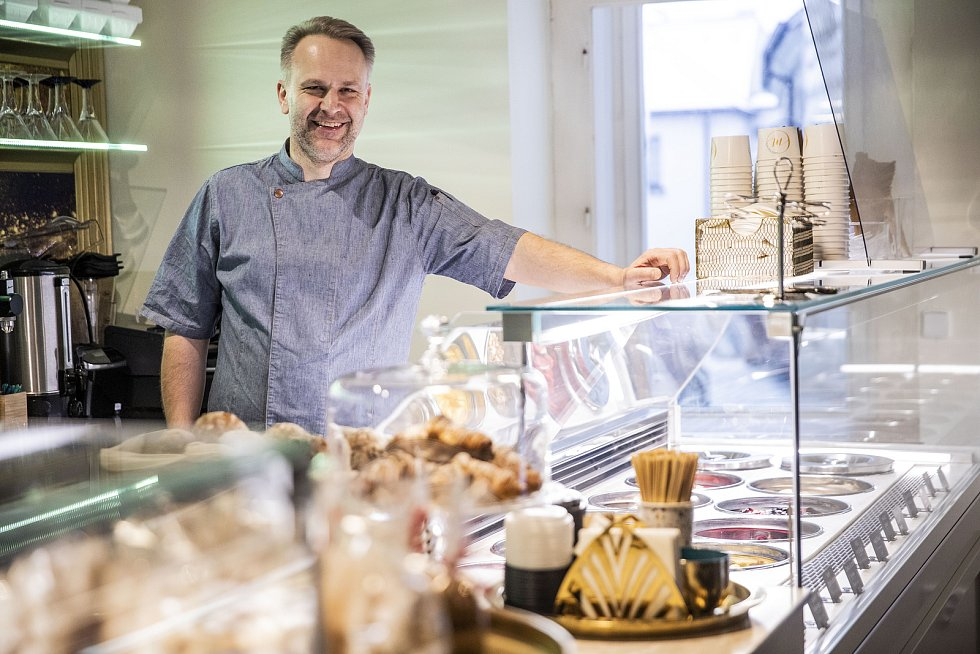 Lidé se nebojí experimentů, říká zmrzlinář Jiří Hochman. (Foto: archiv Moccacafé Tábor)