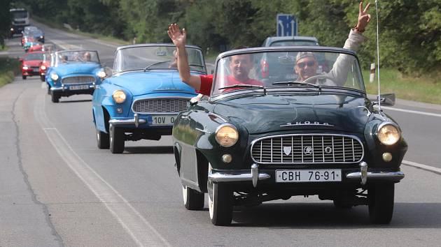Sraz felicií v autokempu Karvánky u Soběslavi