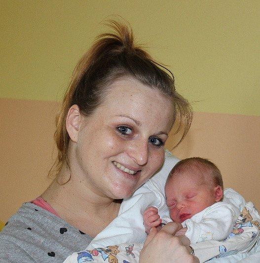 Barbora Poulová z Bechyně. Rodiče Žaneta a Petr se 21. února ve 12.30 hodin dočkali své prvorozené dcery. Malá Barbora po narození vážila 2340 gramů a měřila 44 cm.
