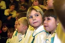 Dětský sbor zpestří 21. prosince dění ve Stoklasné Lhotě. Děti se pod vedením Ludmily  Doudové sejdou u stromečku na návsi.