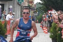 Vítěz Evropského poháru juniorů Kristian Blummenfelt z Norska.