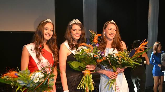 Tři nejkrásnější dívky Sezimova Ústí v roce 2017.