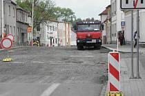 Budovcova ulice se bude opravovat až do října.