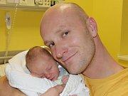 Petr Kubeš ze Záhostic. Narodil se 6. listopadu v 16.13 hodin. Vážil 2830 gramů, měřil 47 cm a je první dítě rodičů Petry a Petra.