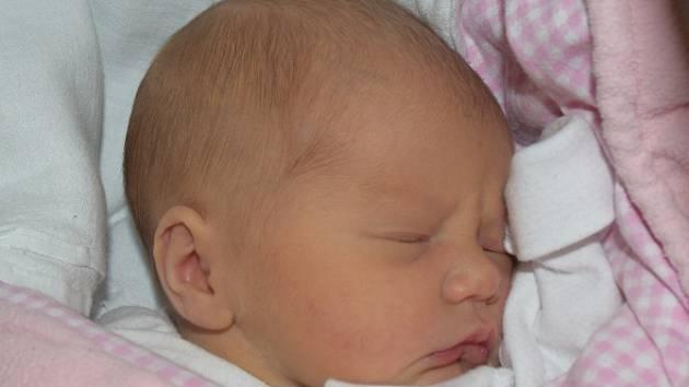 Tereza Mlezivová ze Řepče. Přišla na svět 11. července v 10.50 hodin. Vážila 2840 gramů, měřila 48 cm a už má brášku Antonína (4,5).