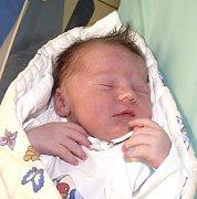 MAREK VAŠTA Z PLANÉ NAD LUŽNICÍ. Narodil se 24. ledna v 9.50 hodin. Vážil 3320 g, měřil 48 cm a už má brášku Ondřeje (6).