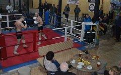 Slavnostní otevření tělocvičny pro bojové sporty na Náchodském Sídlišti.